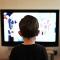 O que o uso de aparelhos eletrônicos pode fazer com crianças na primeira infância?