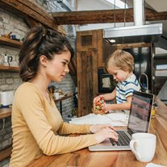 Filhos de férias e você no trabalho. Como conciliar?
