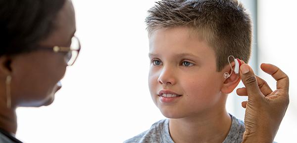 Como-identificar-que-seu-filho-ouve-bem